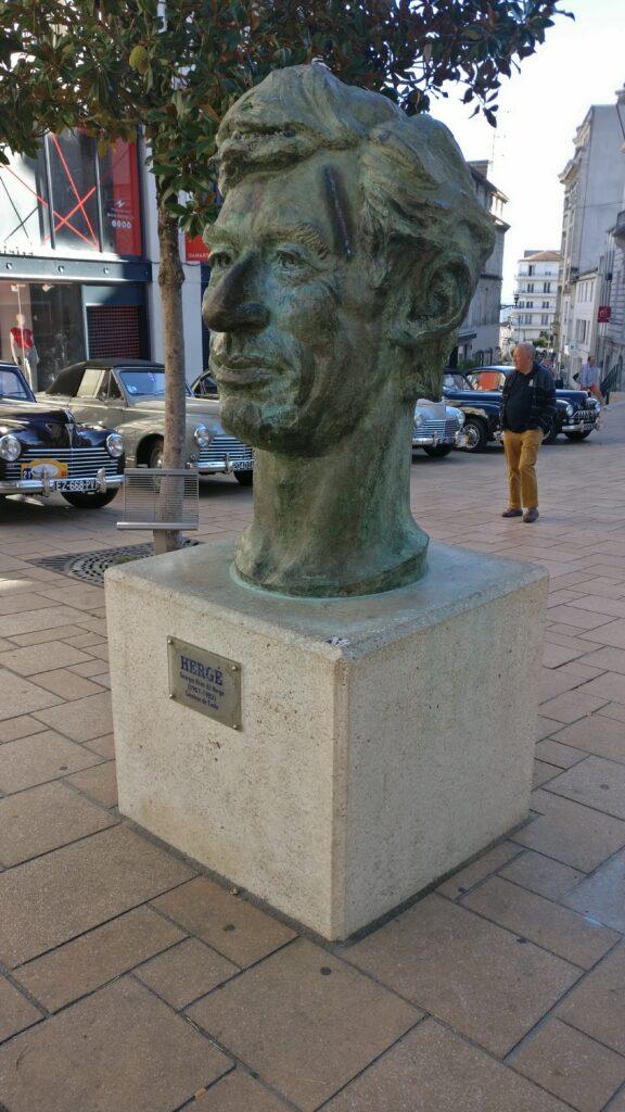 Statute of Herge